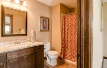 039_Bathroom LL